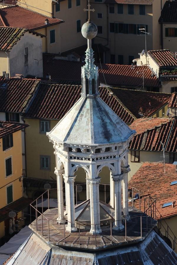 Pistoia-Piazza-Duomo-doopkapel (3)