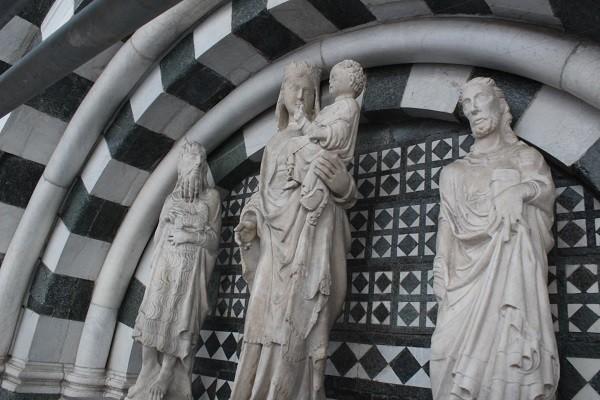Pistoia-Piazza-Duomo-doopkapel (6)