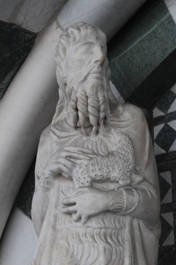 Pistoia-Piazza-Duomo-doopkapel (7)