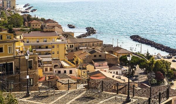 Pizzo-Calabro-Costa-degli-Dei-Calabrië (1)