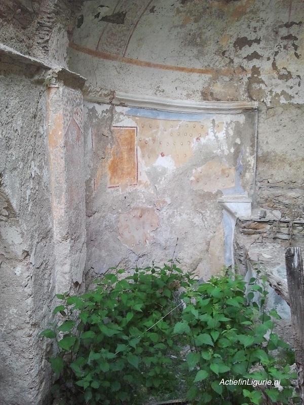 Poilarocca-kerk-Ligurië-2