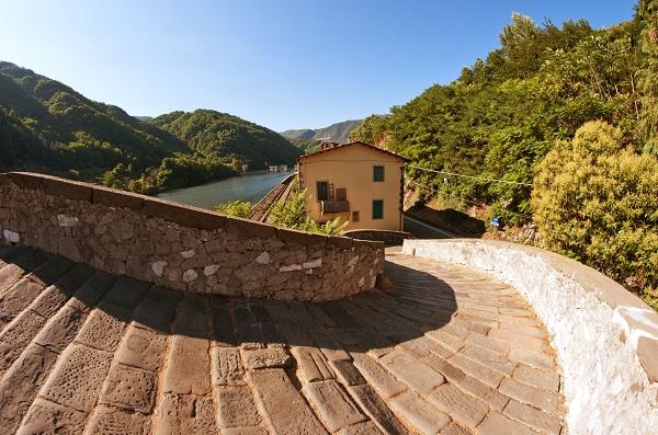 Ponte-Diavolo-Toscane-2