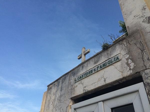 Ponza-kerkhof-Punta-della-Madonna (7)