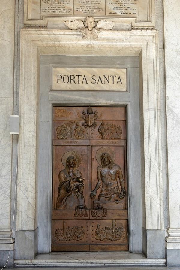 Porta-Santa-Santa-Maria-Maggiore-Rome