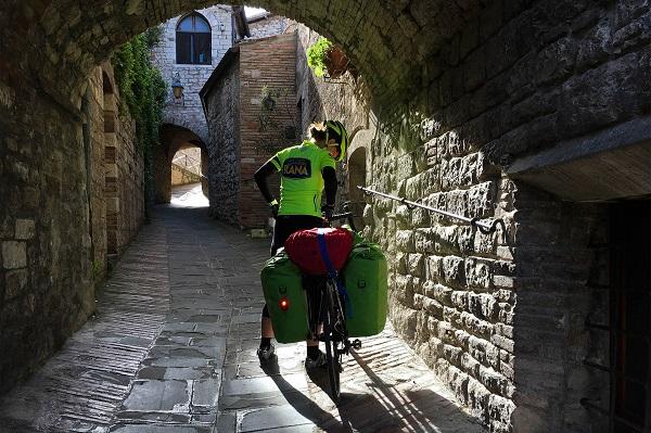Prendimingiro-op-de-fiets-door-Italië (3)