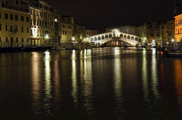 Rialto-brug-Venetie (1)