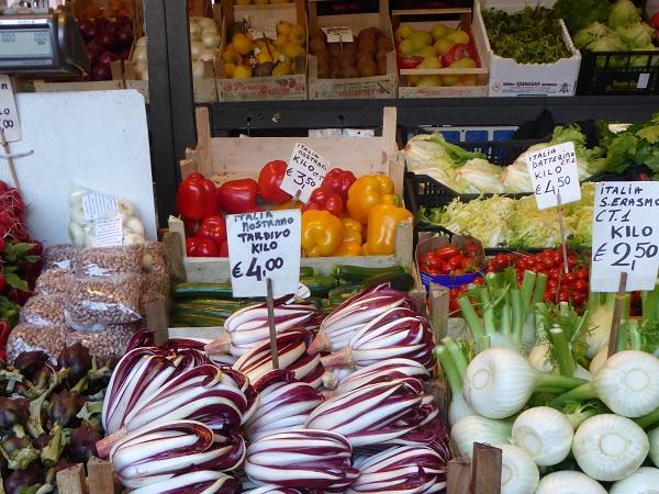 Rialto-markt-Venetië-vis-groente (13a)