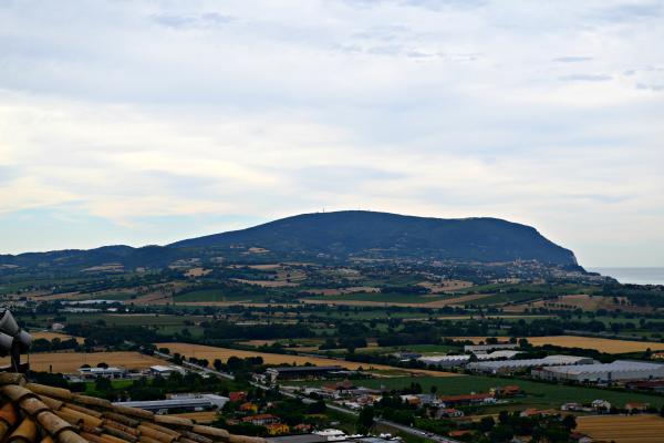Riviera-del-Coner-Le-Marche (2)