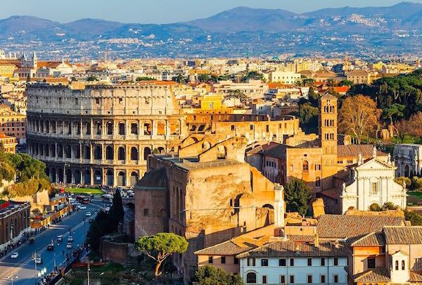 Rome-Uitzicht-Forum-Colosseum