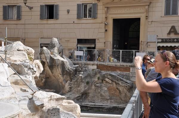 Rome-restauratie-Trevi-fontein-loopbrug (2)