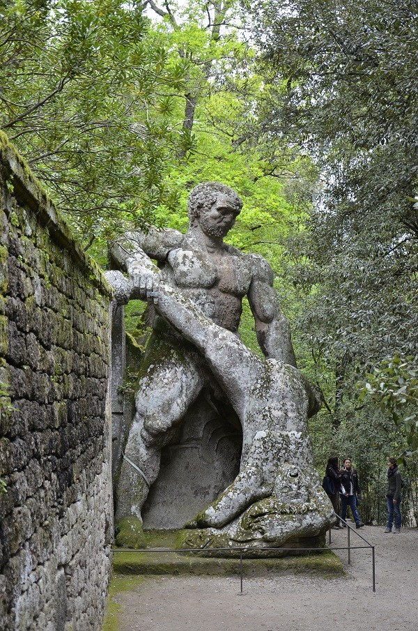 Hercules and Cacus, Bomarzo