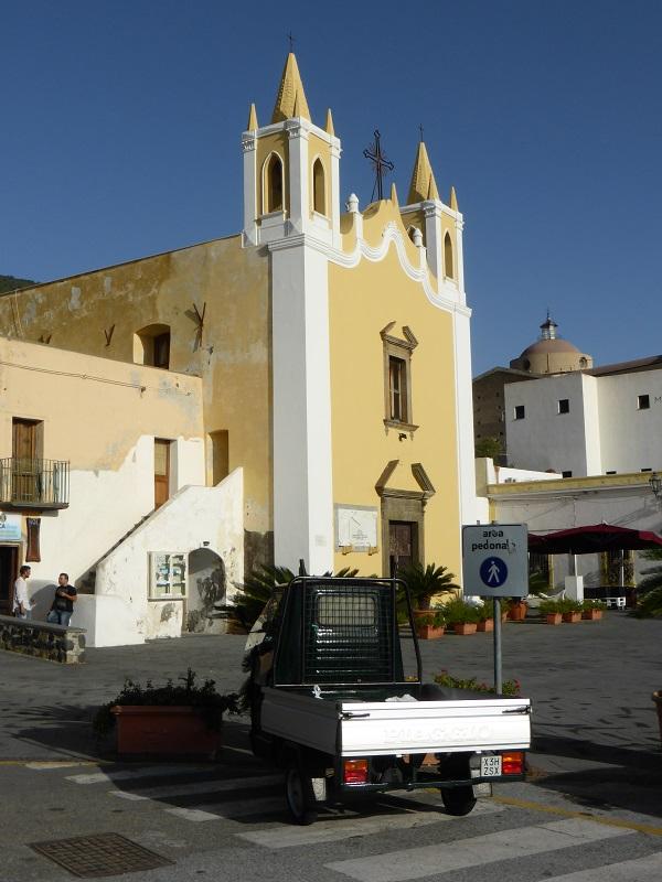 Salina-Eolische-Eilanden-Sicilië (3)