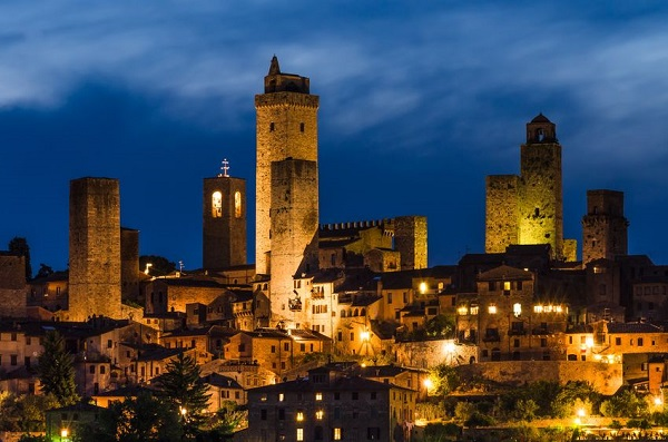 San-Gimignano-night