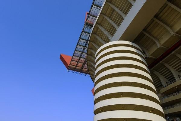 San-Siro-voetbal-stadion-Milaan (1)