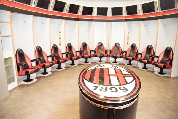 San-Siro-voetbal-stadion-Milaan (2)