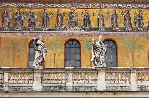 Santa-Maria-in-Trastevere-Rome (1b)
