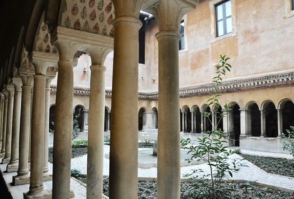 Santi-Quattro-Coronati-Rome (3)