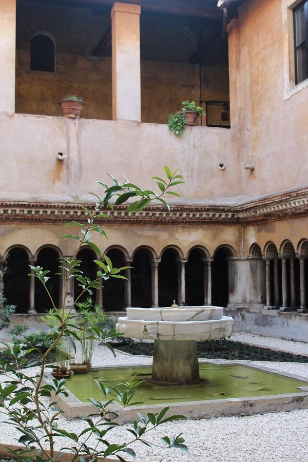 Santi-Quattro-Coronati-Rome (5)