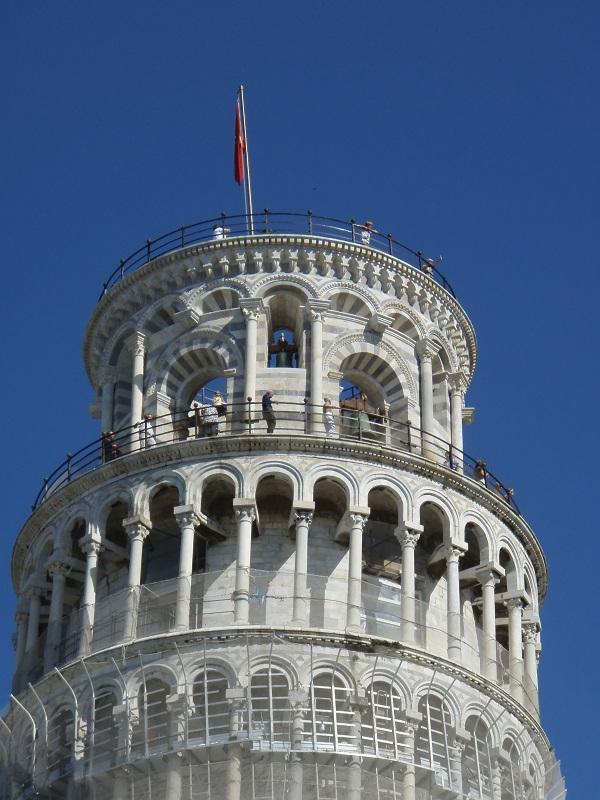 Scheve-Toren-Campo-Miracoli-Pisa-Toscane (10)