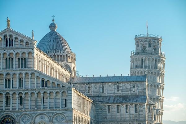 Scheve-Toren-Campo-Miracoli-Pisa-Toscane (4)