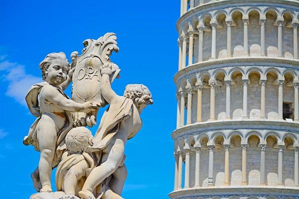Scheve-Toren-Campo-Miracoli-Pisa-Toscane (6)