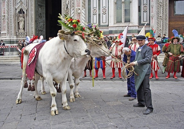 Scoppio-del-Carro-Florence-Pasen (1)