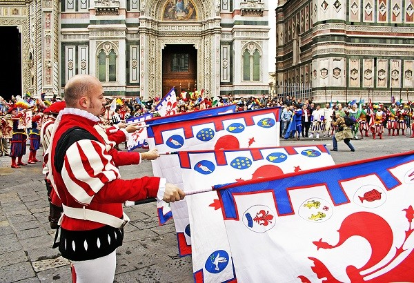 Scoppio-del-Carro-Florence-Pasen (4)