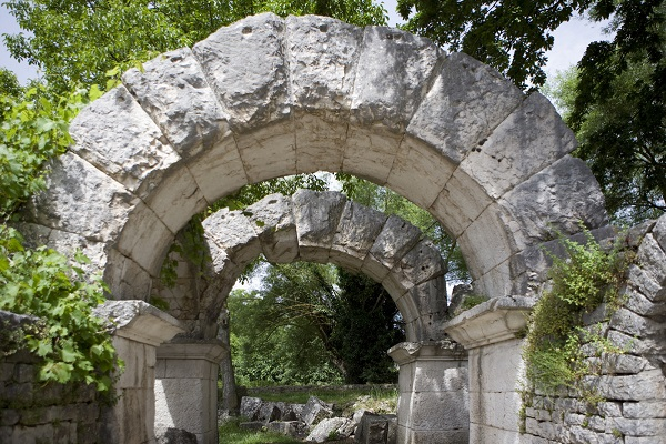 Sepino-Molise-Italië (2)