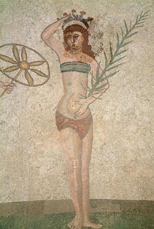 Sicilie-bikini-meisjes-Villa-Casale-Piazza-Armerina (4)
