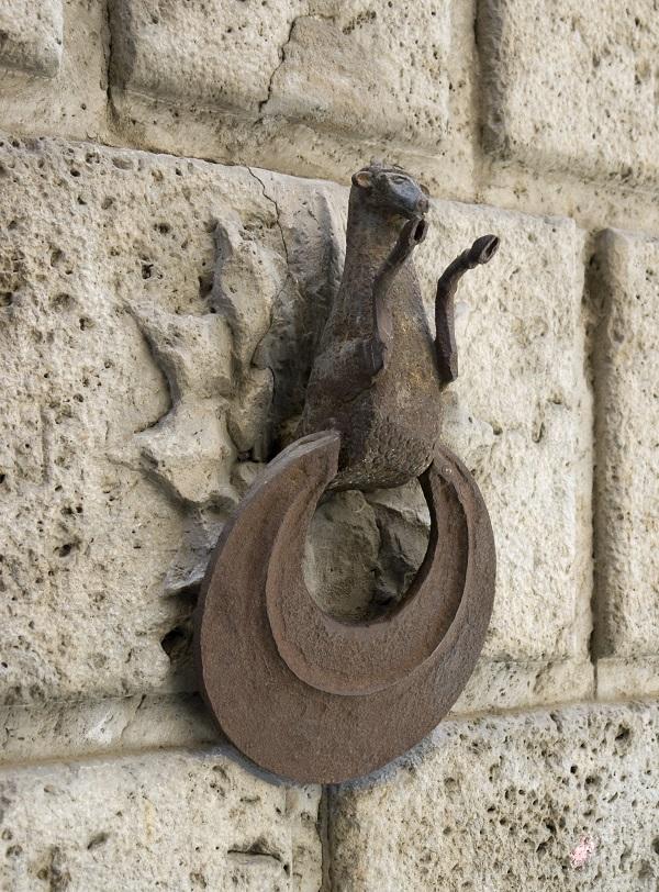 Siena-paard-palazzo