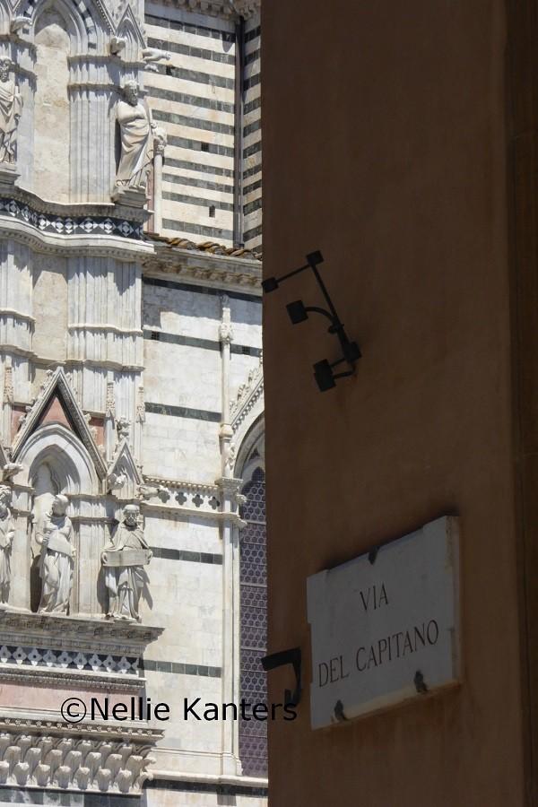 Siena-straatbeeld-Nellie-Kanters (19)