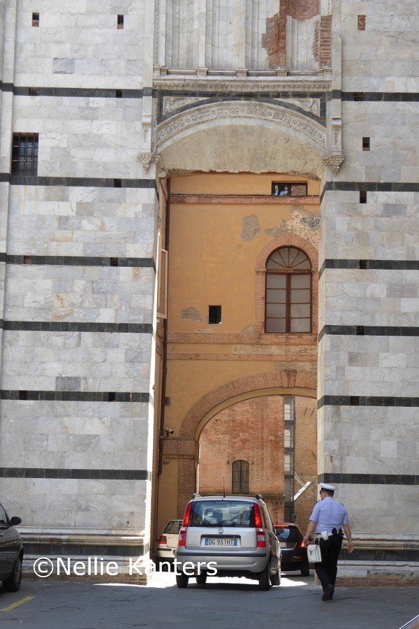 Siena-straatbeeld-Nellie-Kanters (5)