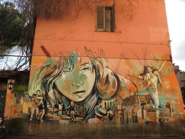 Street-Art-Via-Casilina-Alice-Pasquini