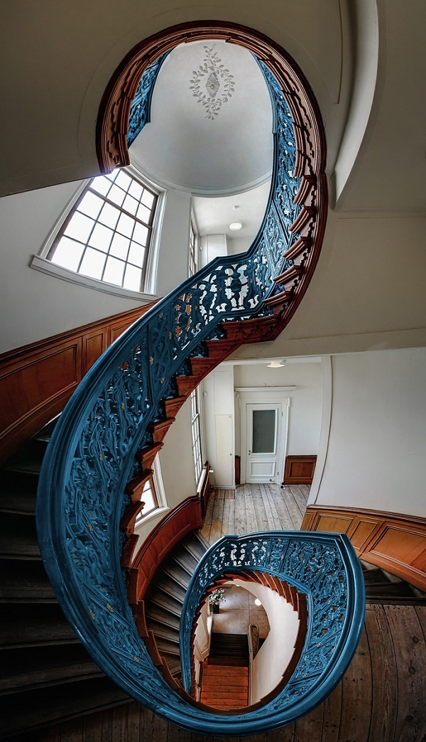 Stunning-Staircases-Amsterdam-3