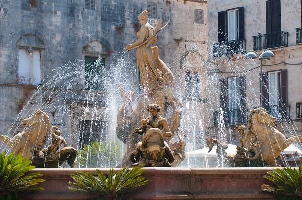Syracuse-Fontana-Diana-fontein (1)