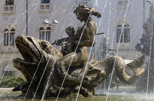 Syracuse-Fontana-Diana-fontein (7)