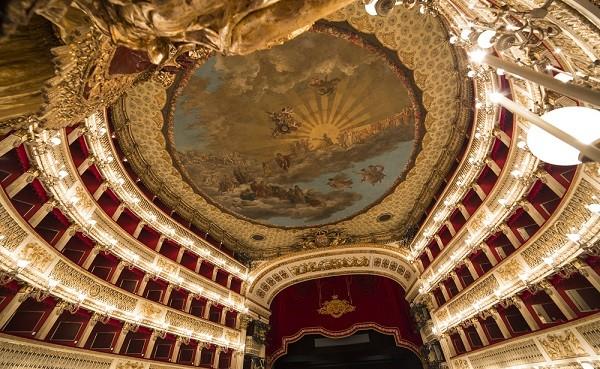 Teatro-San-Carlo-Napels (2)