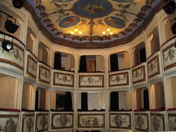 Teatro-della-Concordia-Monte-Castello-di-Vibio (2)