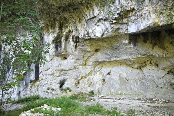 Tempio-Valadier-Frasassi-Le-Marche (8)