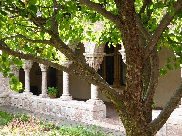 The-Cloisters-New-York (12)