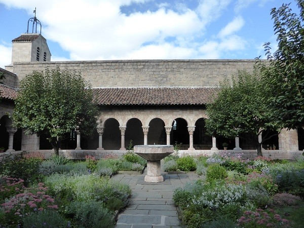 The-Cloisters-New-York (6)