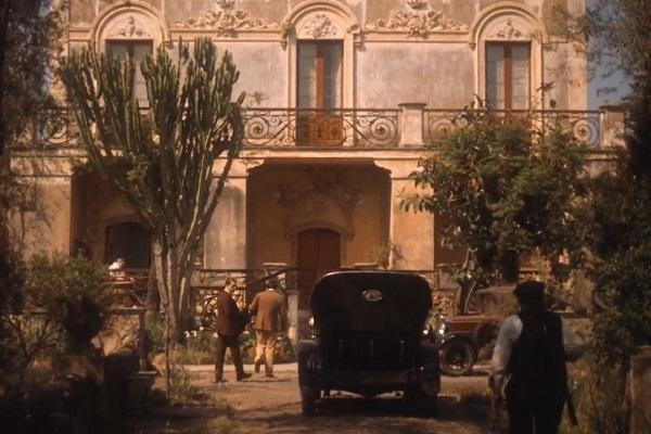 The-Godfather-part-2-Villa-Don-Ciccio-2