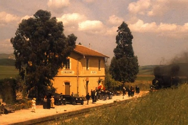The-Godfather-part-2-station-Corleone