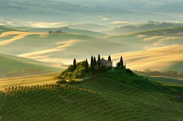 Toscane-heuvels-cipressen