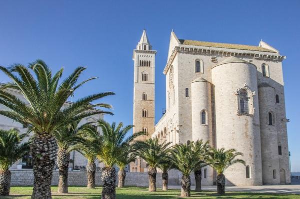Trani-kathedraal (2)