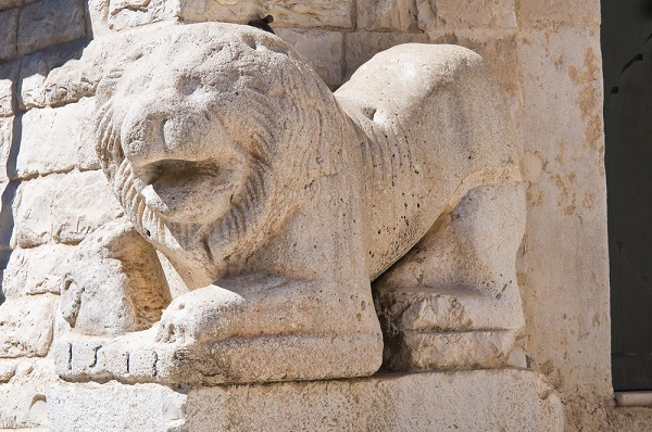 Trani-kathedraal-detail (5)