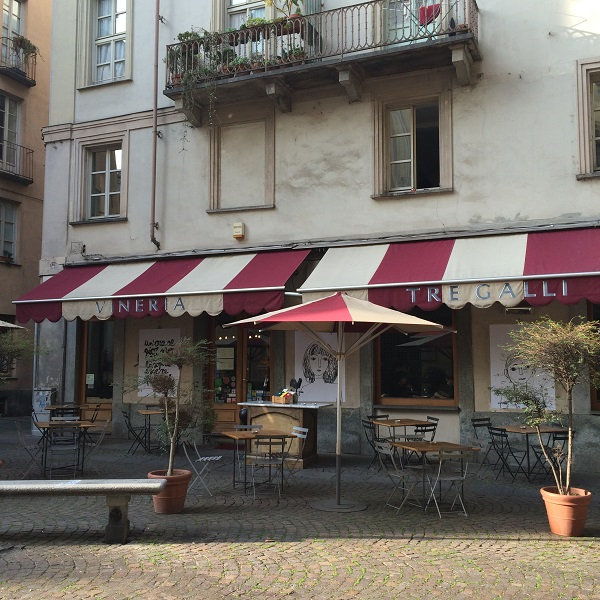 Tre-Galli-restaurant-wijnbar-Turijn (1)