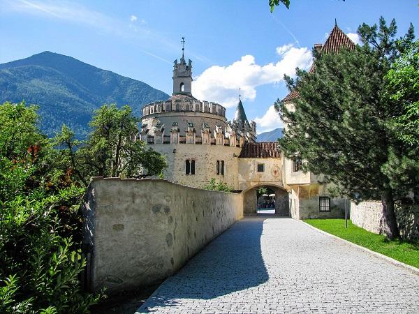 Trentino-Abbazia-di-Novacella