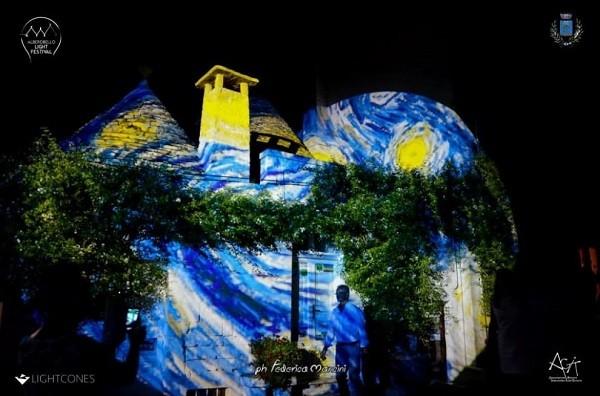 Trulli-Alberobello-Van-Gogh (2)