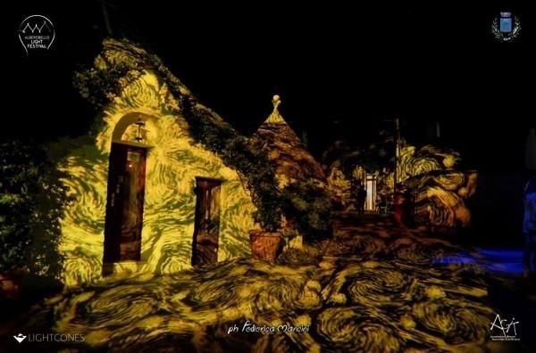 Trulli-Alberobello-Van-Gogh (4)